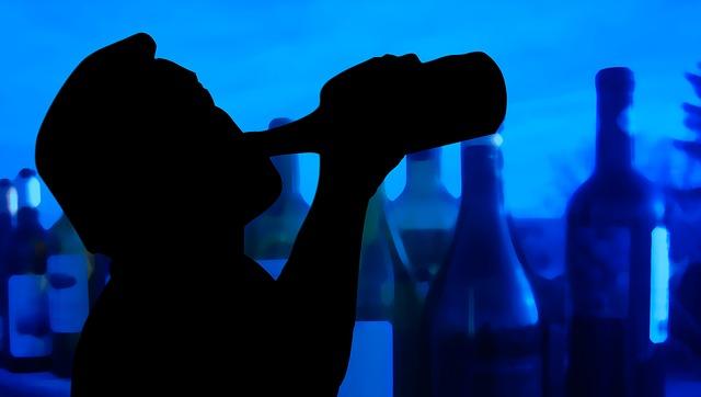 siluety alkoholika.jpg
