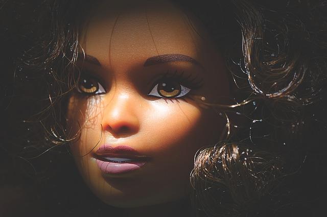 obličej panenky