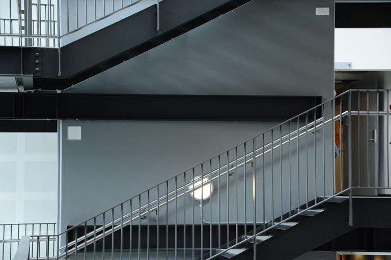 obyčejné schodiště