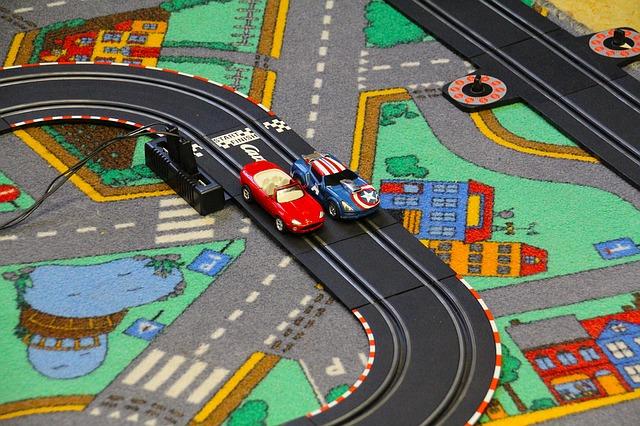 dětský koberec s autodráhou