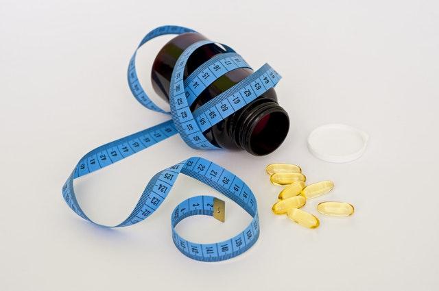 doplňky stravy – tablety s metrem